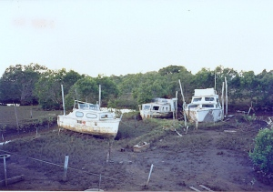 Abandoned boats at Rusters boatyard, Redland Bay, in the early 1990s
